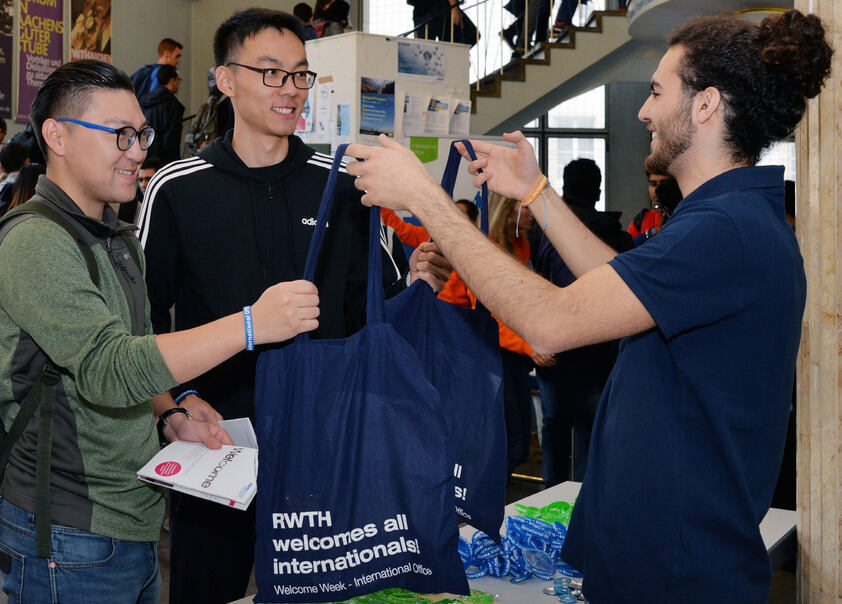 Online Welcome Weeks for new international students